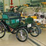 Patentmotorwagen Daimler Velo, Bj. 1895. Erstes in Serie gefertigtes Kraftfahrzeug